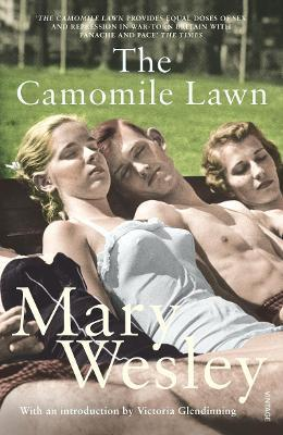 The Camomile Lawn Mary Wesley 9780099499145 border=
